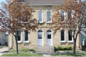 Students looking for a great place to live - 2 bedroom