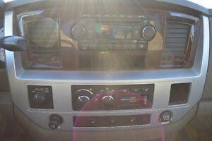 2008 Dodge Ram 1500 Laramie, Accident Free, 3 Years Warranty Oakville / Halton Region Toronto (GTA) image 12