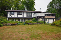 Country home on 2.5 acres near Parry Sound!