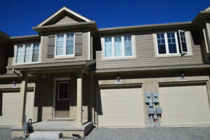 FULLY FURNISHED TOWNHOUSE FOR RENT