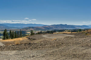 4 -1144 Page Road, Armstrong -  Panoramic southern views!