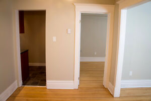 SUPPER AFFORDABLE 1 BEDROOM CONDO IN ST. BONIFACE FOR SALE !!!