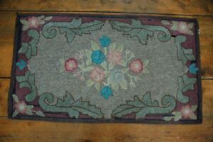 Beautiful, vintage NS-handcrafted floral-design rug