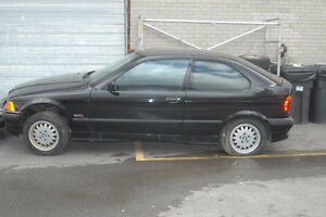 C BMW e36 318ti 1996 M44 4 cylinder with PP hatchback Black on T West Island Greater Montréal image 1
