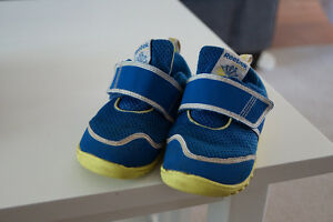 Reebok Shoes Toddler size 7 Kingston Kingston Area image 1