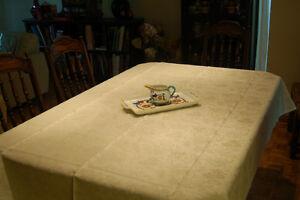 Nappe en lin 60x79 po Linen Tablecloth West Island Greater Montréal image 1