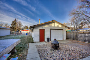 Move-in ready fully renovated 2bed/1bath home w/ a garage! Regina Regina Area image 9