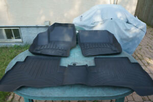 FORD ESCAPE WEATHERTECH FLOORLINER AND CARGO LINER