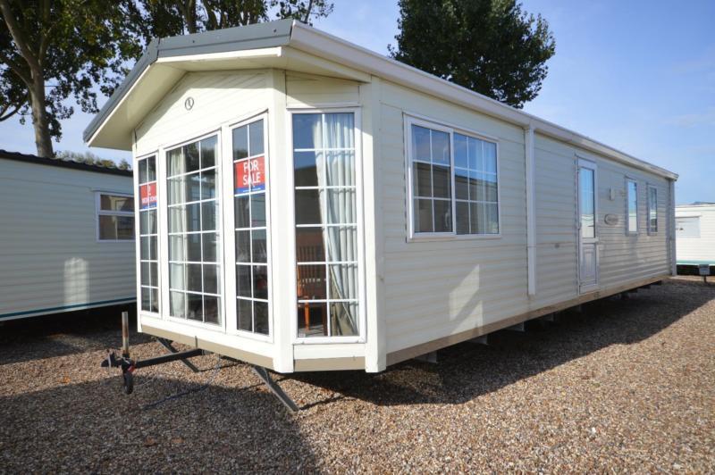 Static Caravan Steeple, Southminster Essex 2 Bedrooms 4 Berth BK Sheraton 2006