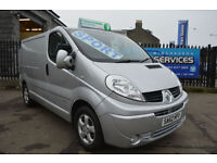 2012 RENAULT TRAFIC SPORT IN IMMACULATE CONDITION *MUST SEE* SAT NAV AIR CON