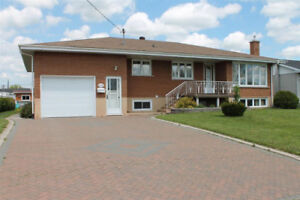 FOR SALE! 310 Doncaster Rd
