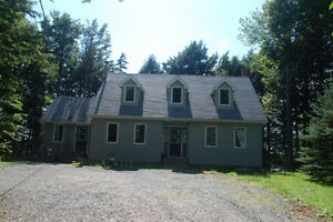 3 BDRM House for Rent on Grand Lake