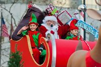 Volunteer for the 2016 Rogers Santa Claus Parade