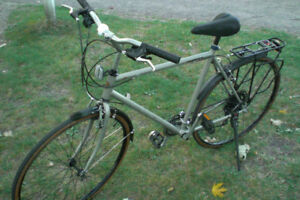 Hybrid Bike Adult-  Very Good condition $ 130
