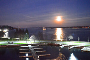 Brockville, Water Front Luxury 3 Bedroom 1850 Sq Ft Condo & dock Kingston Kingston Area image 9