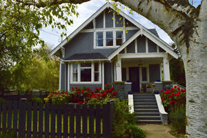 Gorgeous Heritage House August 5 - 30th