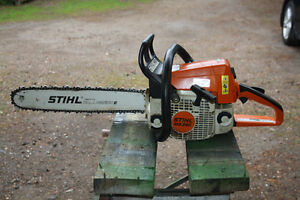 Stihl MS-250 Chainsaw