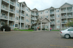 4TH FLOOR CONDO - AWESOME UPDATE - DON'T MISS OUT!!