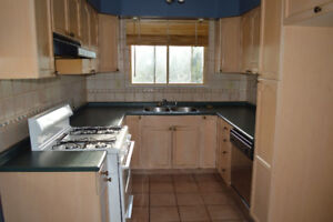 2 BED ROOM MAIN HOUSE FOR RENT