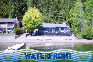 Outstanding waterfront home in Magna Bay on Shuswap Lake!