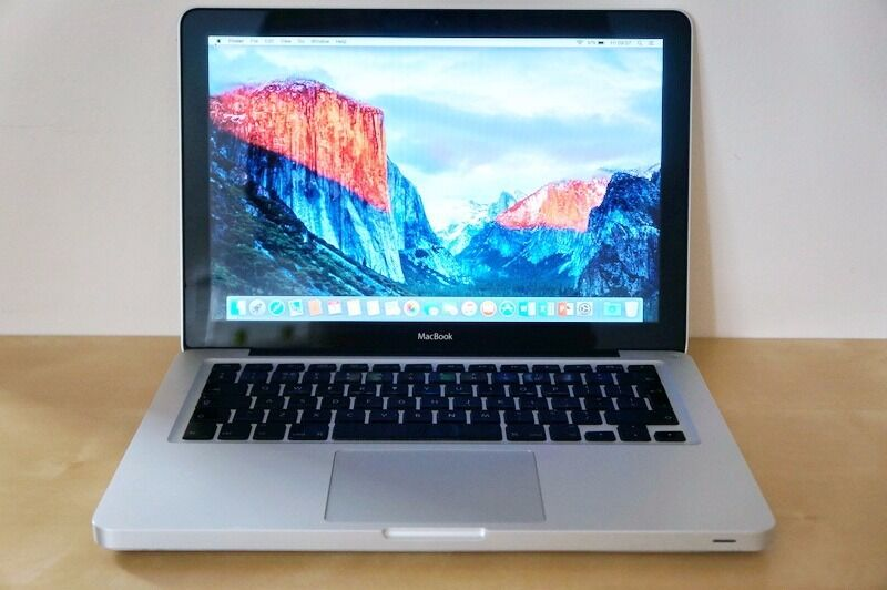 APPLE MACBOOK PRO A1278(2012)-excellent condition-intel core i5-2.5GHz/4GB/1TB
