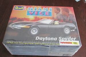 Revell 1/24 Miami Vice Ferrari Daytona Spyder Model Kit