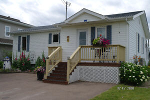 2 bedroom cottage for rent parlee beach, near shediac.