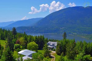 Shuswap country home on 112 acre lot in Sunnybrae/Tappen!