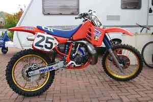 Looking for 1987 and 1989 cr 250 parts anywheres in nb