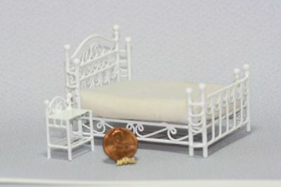 Dollhouse Miniature White Wire 1:24 Scale Double Bed and Nightstand