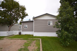 GORGEOUS and UPDATED in CARONPORT!