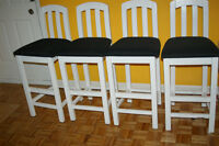 4 Chaise Tabouret haut 4 high chairs black and white
