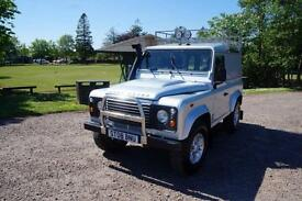 Land Rover 90 Defender 2.4TDi County