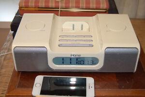 iHOME iH5 iPhone 4/4s/5/iPod;.ALARM,RADIO,iTunes CHARGING DOCK
