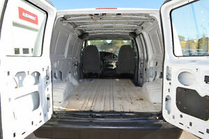 2007 Ford E-250 Cargo Van Accident Free Only 99 Km Oakville / Halton Region Toronto (GTA) image 7