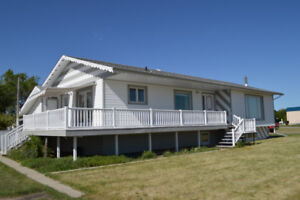 Rent Maple Creek, SK (May 1st)