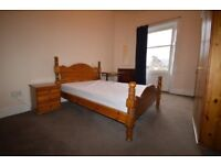 FESTIVAL: Fantastic 3 bedroom top floor flat on Leith Walk with TV & broadband available