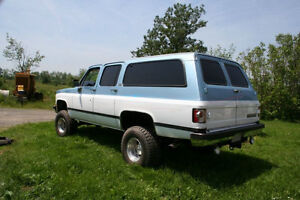 1991 Chevrolet Suburban SUV, Trade for Touring Bike