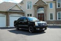 2009 Cadillac Escalade Ext - 22s, Lots of Extras