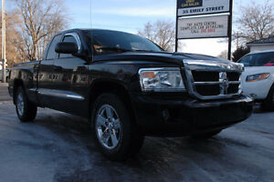 2008 Dodge Dakota SLT Pickup Truck 4x4