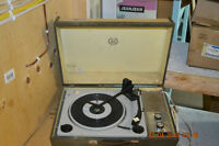 Vintage Philco Ford SS Phonograph