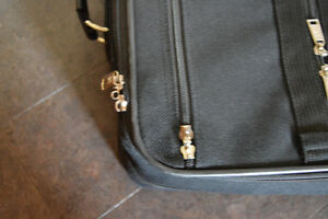 2 AMERICAN TOURISTER SUITCASES Stratford Kitchener Area image 5
