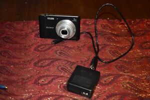 Sony Cybershot only used once comes with the charger and a 4gb s