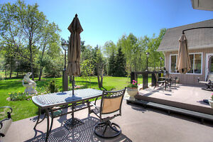 BEAUTIFUL HOME WITH PRIVATE BEACH ACCESS NEAR BANCROFT, ON Peterborough Peterborough Area image 4