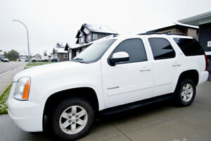 Perfect For Winter! *WINTER TIRES ON* 2012 GMC Yukon