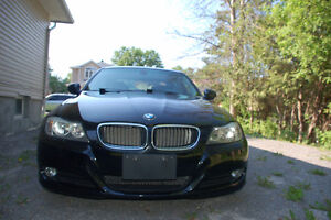 2011 BMW 3 SERIES 323i LOW KM LOADED VERY CLEAN