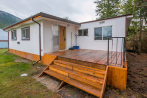 #4 2930 Brown Road, SW Salmon Arm - Affordable updated home