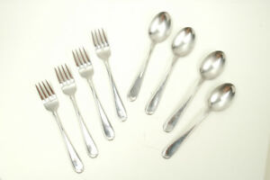 Oneida 8 pieces stainless 4 forks and 4 spoons