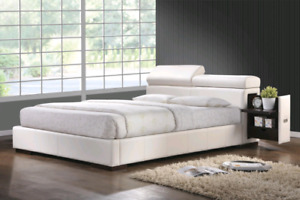 Nouveau Blanc faux Leather King Bed with Pull-Out Night Stands