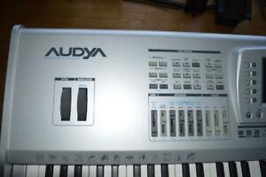 Un clavier Ketron Audya 76 notes